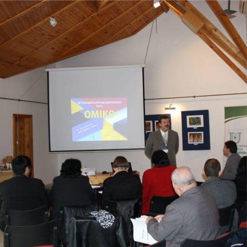 OMIKO - Versenyképes oktatás, piacképes szakember